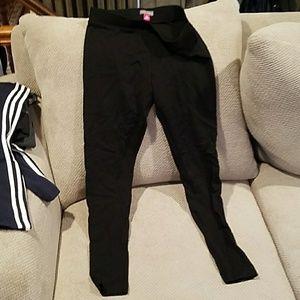 Like New Vince camuto leggings